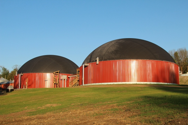 Exeter-Agri Energy and Stonyvale Farm (a dairy farm in Exeter, Maine) produce enough energy for 800 households.